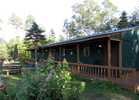 Lodge | Best Bear Lodge & Campground | Baldwin | (231) 266-5235